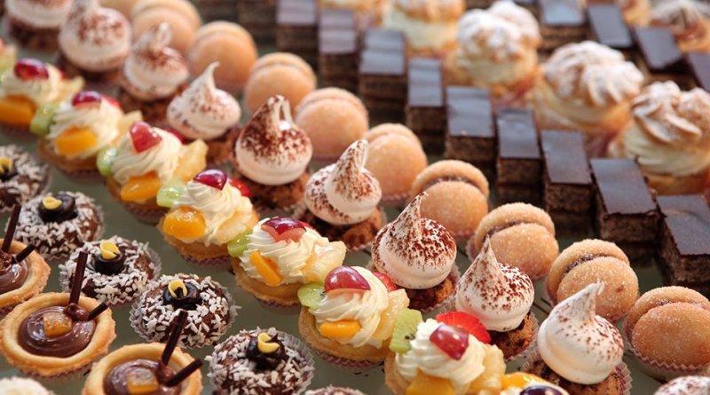 Спрос на сладости вырос более чем в три раза